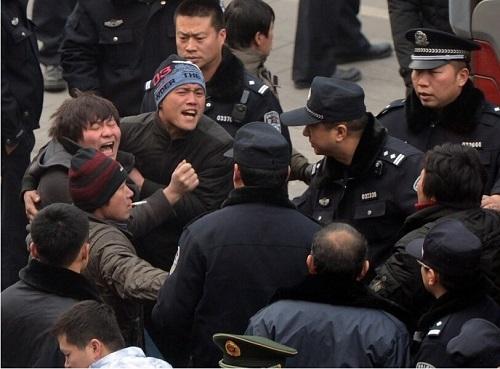 中国民主党劳工权益观察:2014年第三季度工人群体性事件分析:建筑业工人罢工明显增长